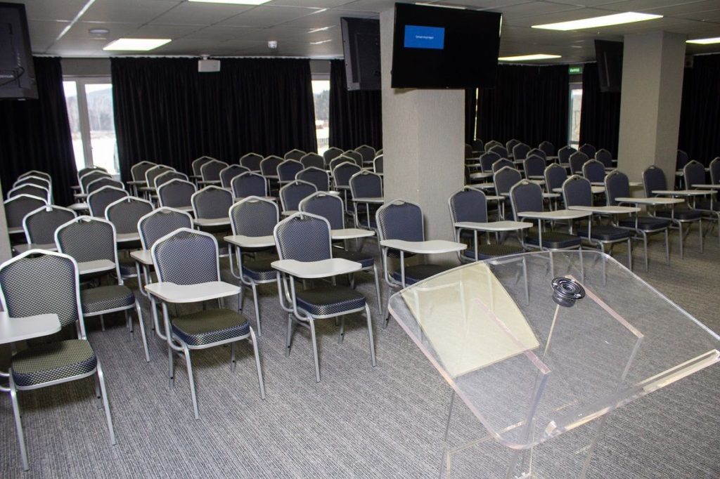 conference_hall-7